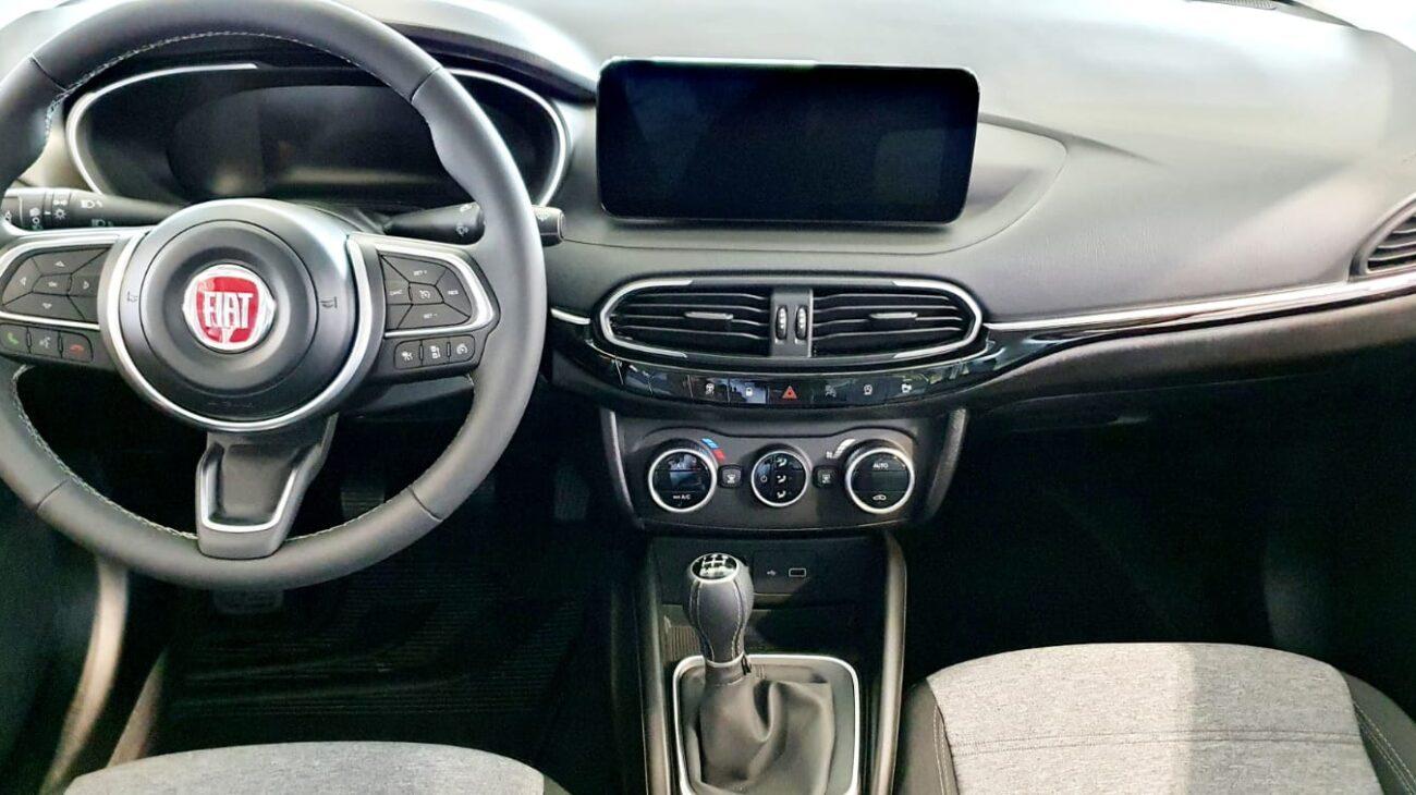 Tipo Cross - Paprika -  Nissan Odyssey